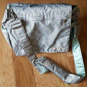 Ju. Ju. Be (Better Be) Diaper Bag!!!